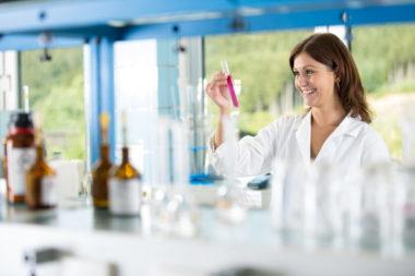 Fernwasserversorgung Oberfranken Labor Qualitätskontrolle Trinkwasser-Untersuchung